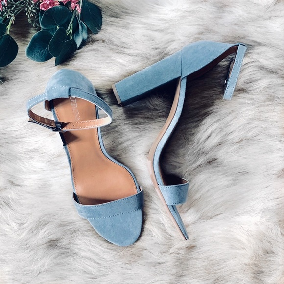 749399db751 Merona Lulu Block Heel Sandals 🌿
